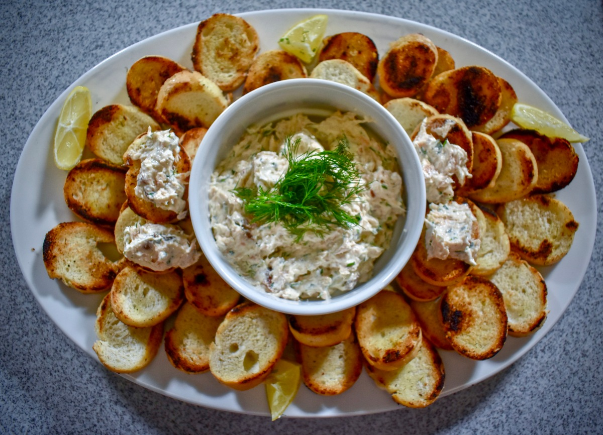 Miahjay's At Home: Smoked Salmon Dip